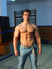 Benny Ryder: Nice Guy Goes Nude! on Sexy men pics